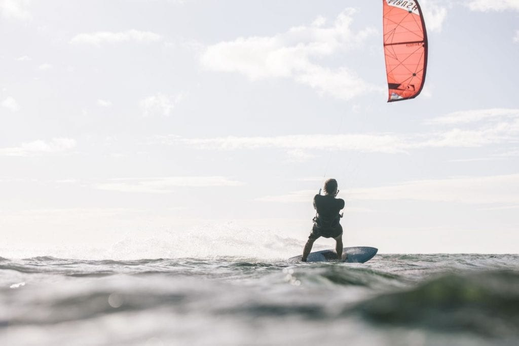 top-tips-for-starting-strapless-kitesurfing