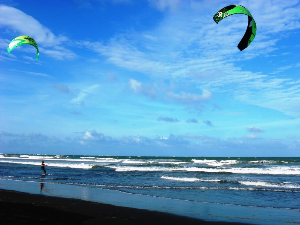 kitespots-in-the-philippines-thekitespot.com-bagasbas-beach