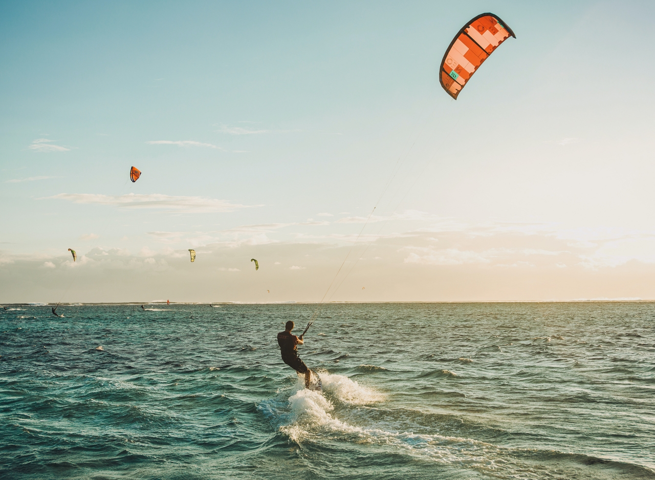 How to transition from beginner to the independent kiteboarder | Knowledge Centre | thekitespot.com