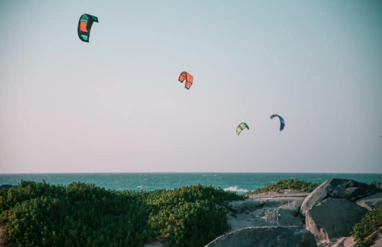 how-to-choose-the-best-kite-spot-for-your-session-thekitespot.com-lucie-marchant